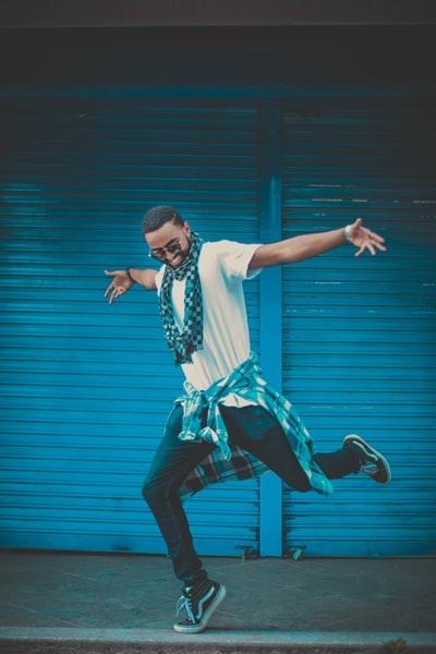 ダンス、ダンサー